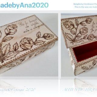 Cutie tip caseta bijuterii pirogravata manual
