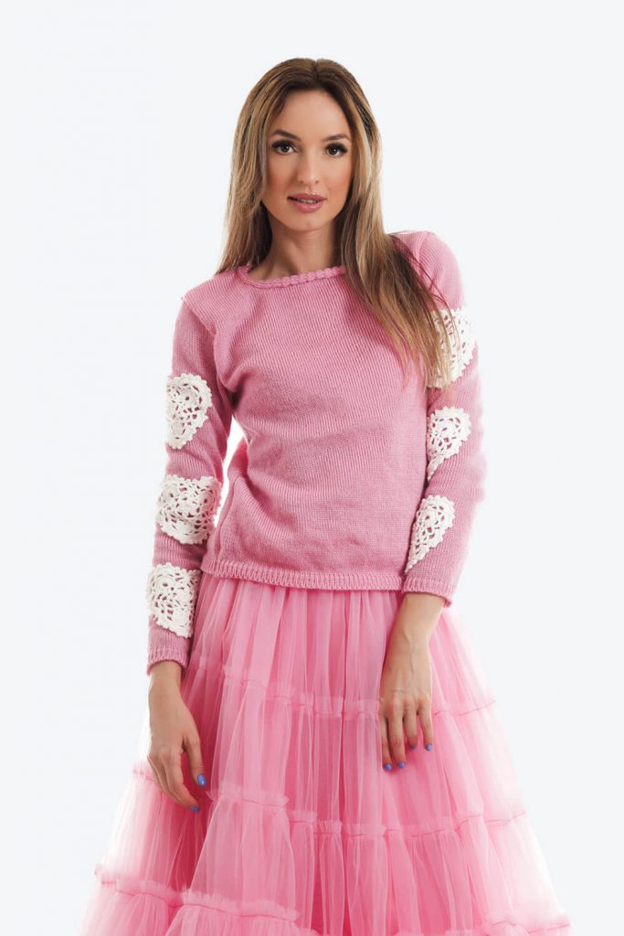 Pulover Roz Candy Tricotat Inimi Crosetate00
